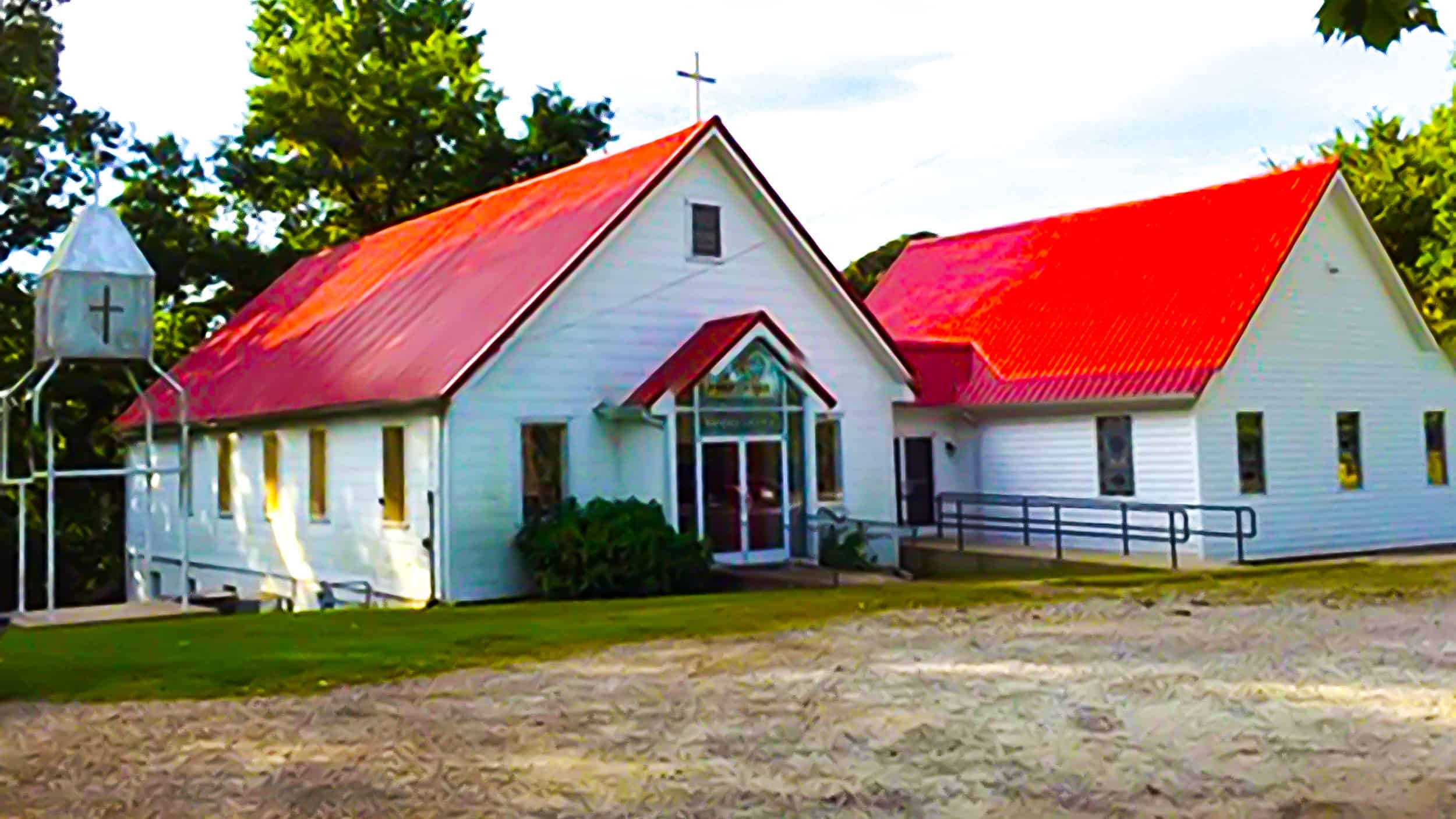 Three Churches in Rural Tennessee Become One in Quarantine